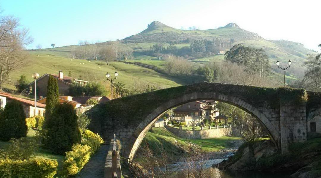 Miramón y Cotillamón, las tetas más famosas de Cantabria