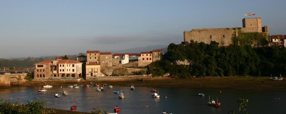 Que Ver en Cantabria de Piedras Luengas a San Vicente de la Barquera, Castillo de San Vicente de la Barquera
