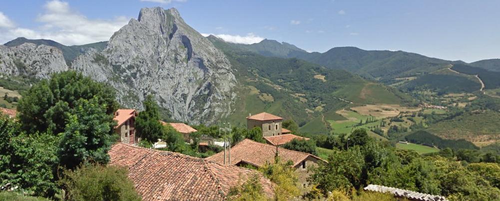 Panorámica desde Pendes, Camino Lebaniego por el Valle del Nansa