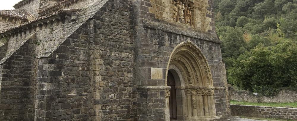Que Ver en Cantabria de Piedras Luengas a San Vicente de la Barquera, Santa Maria de Piasca