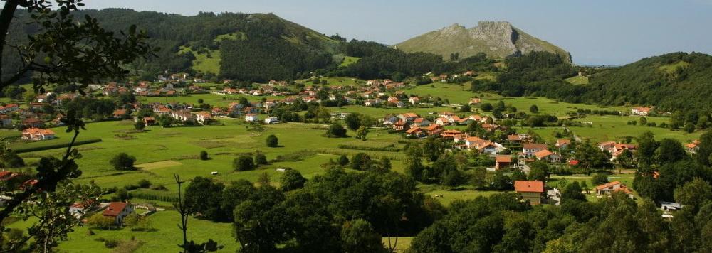 Ideas para viajar a Cantabria en primavera Valle de Liendo