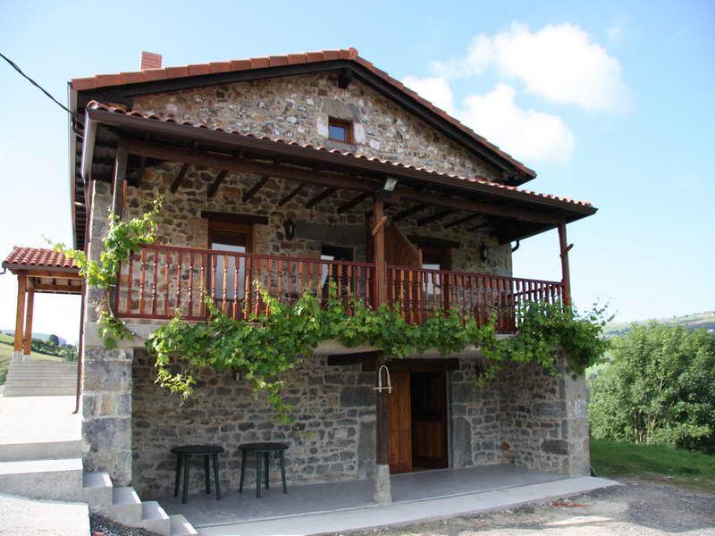Apartamentos rurales la barcenilla casa rural en el valle - Casas rurales cantabria baratas alquiler integro ...
