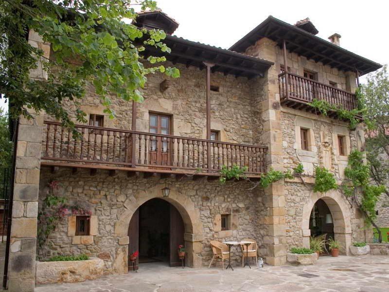 Posada torre de la quintana posada en el camino de santiago cantabria - Casas rurales en el norte de espana ...
