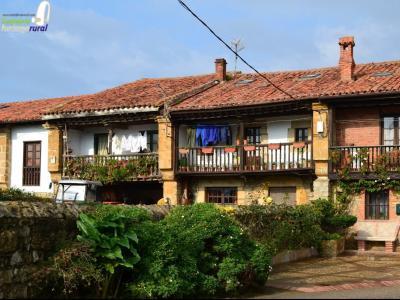 Alojamientos rurales en trasv a cantabria for Oficina de turismo de comillas