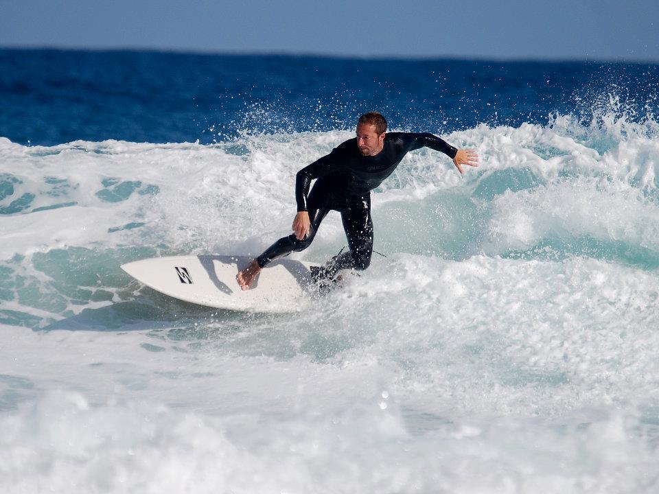 El Surf como reclamo turístico internacional de la España Verde.
