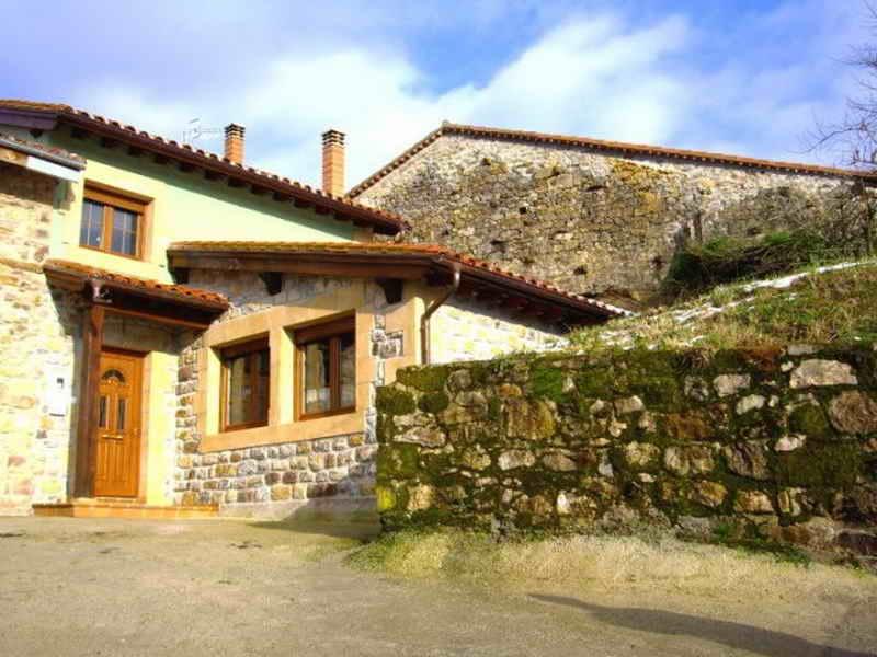 Casa y apartamentos rurales las casas de lola casa rural en r bago cerca de el soplao - Casas rurales cerca de talavera ...