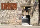 Apartamentos La Villa de Piedra