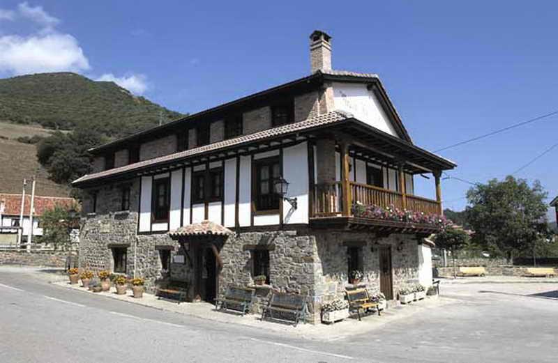 Mes n la vega alojamiento rural en vega de li bana cantabria - Casas de pueblo en cantabria ...