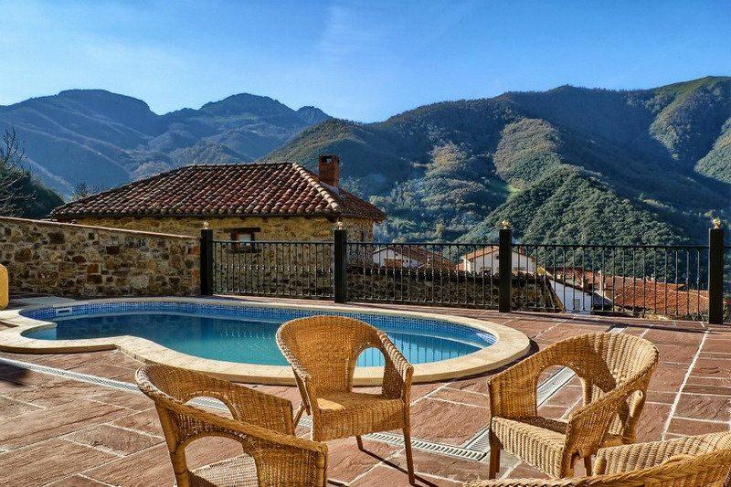Posada valle del oso posada rural con piscina en lerones cantabria - Hoteles en cantabria con piscina ...