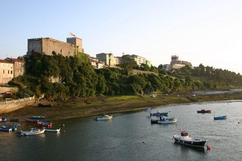 Castillo Del Rey En San Vicente De La Barquera Castillos De Cantabria