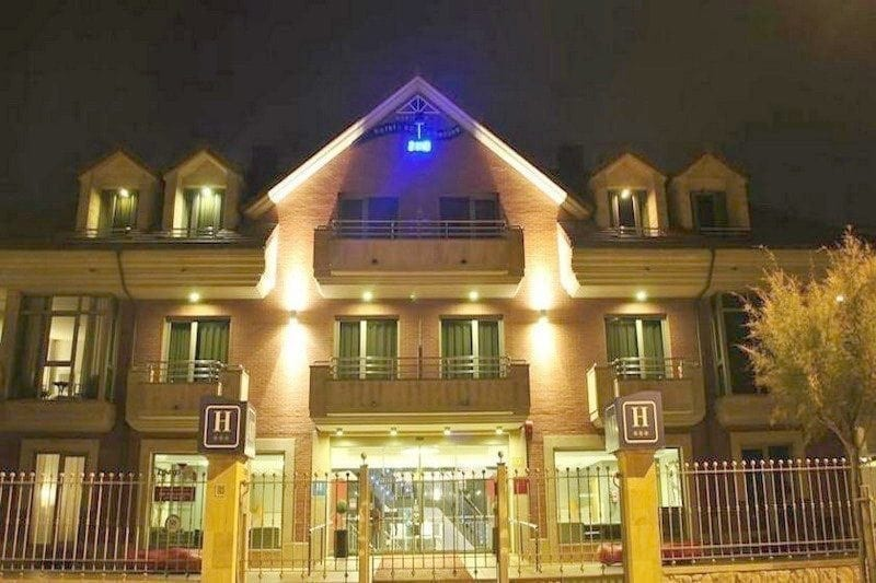 Hotel Marítimo Ris