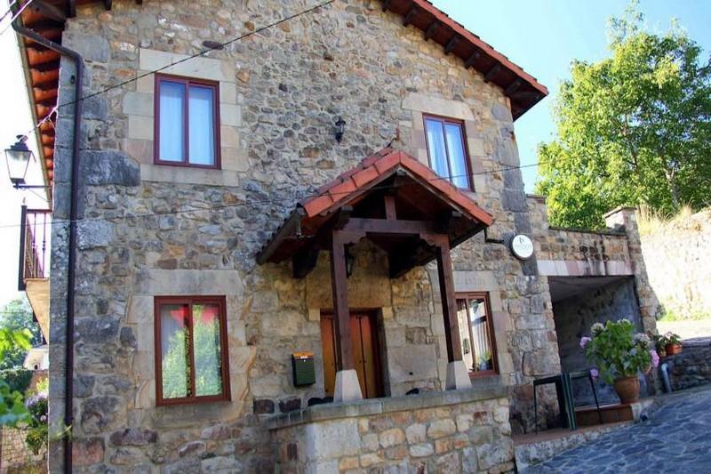 La Casa Vieja de Alceda
