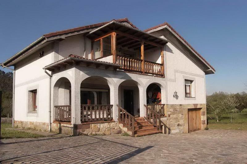 Casa rural en li rganes casa rural los prados de li rganes for Casas de pueblo en cantabria
