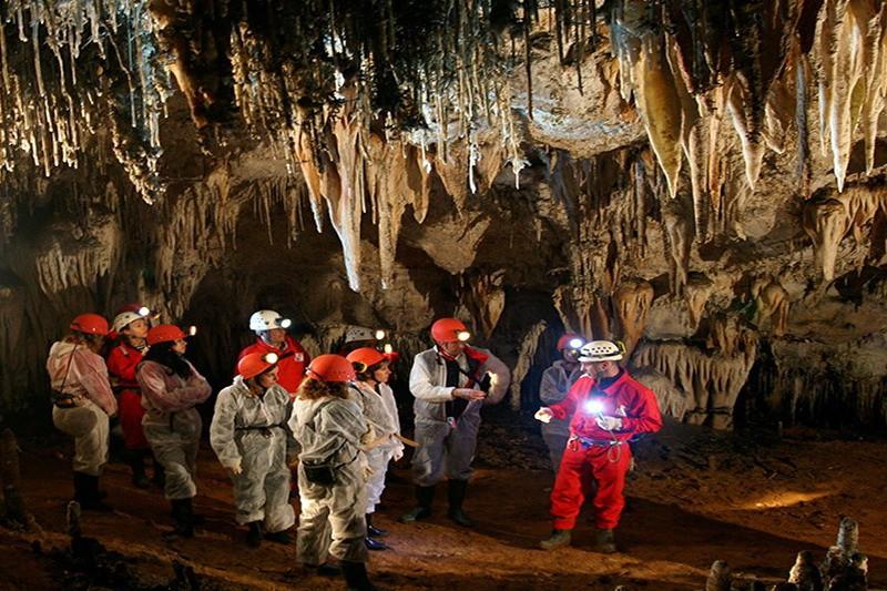 Cueva El Soplao Cueva Del Soplao Cantabria El Soplao Cantabria