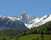 Naranjo de Bulnes Asturias Cantabria Cantabriarural
