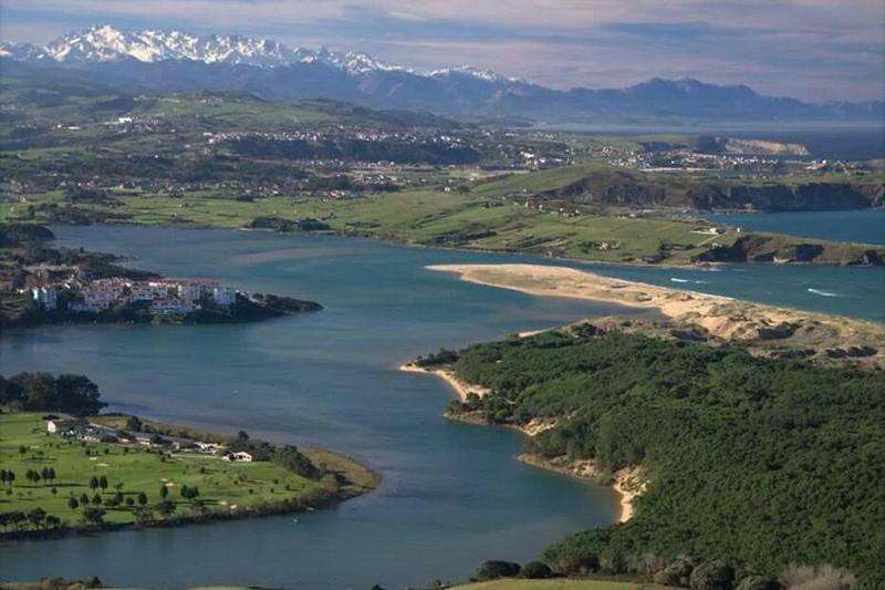 Parque Natural de las Dunas de Liencres, Parques naturales de Cantabria