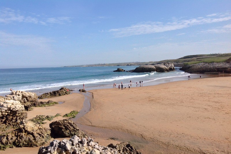 Playa la virgen del mar playas de santander cantabria - Apartamentos en cantabria playa ...