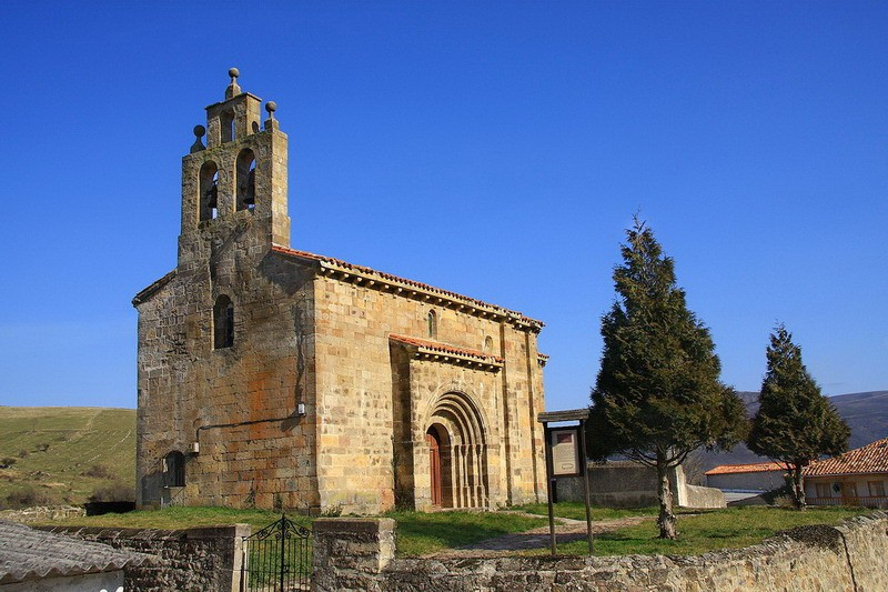 Iglesia rom nica de san andr s de rioseco rom nico en rioseco for Interior iglesia romanica