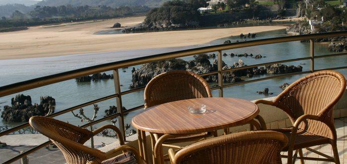 Apartamentos Astuy, Apartamentos con piscina y jacuzzi exterior en Cantabria