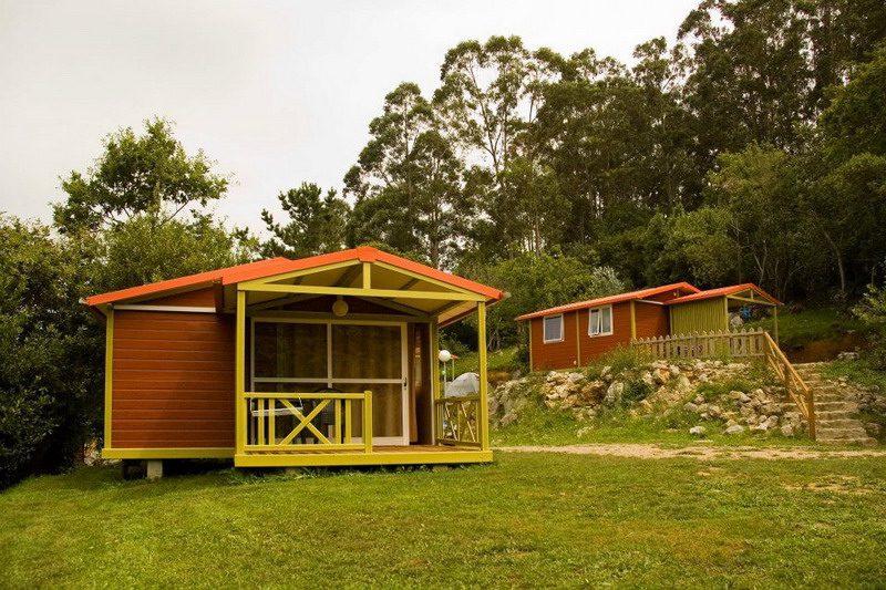 Camping y bungalows el helguero camping cerca de comillas for Camping cerca de vitoria