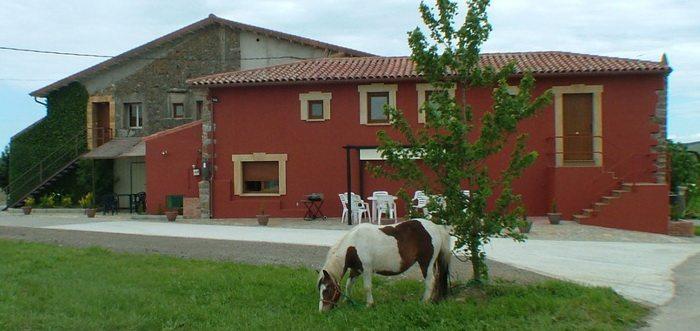Casa Los Leones Albergue, Albergue cerca del mar Cantabria, Albergues en Loredo