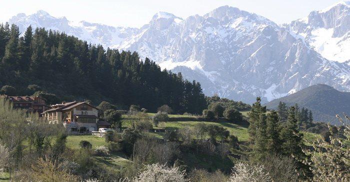 Hotel Casona Malvasia, Hoteles rurales en Cabariezo Cantabria