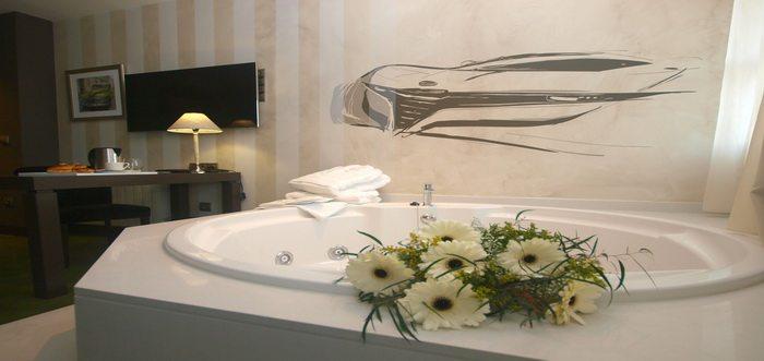 Costa Esmeralda Suites, Hoteles con encanto en Suances Cantabria, Hotel en Suances con jacuzzi en la habitación