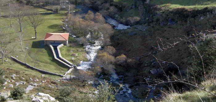 Nacimiento del Río Gándara en Soba