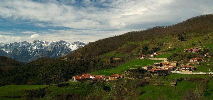 Posada Casa Lamadrid, Posadas rurales en Cahecho Cantabriia, Posada rural para hacer senderismo en Picos de Europa