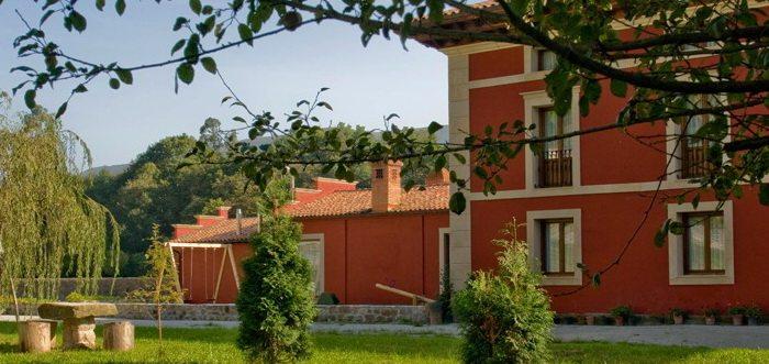 Vivienda Rural Santa Eulalia, Viviendas rurales en Villanueva de la Peña, Viviendas rurales cerca de Parque Natural Saja Besaya