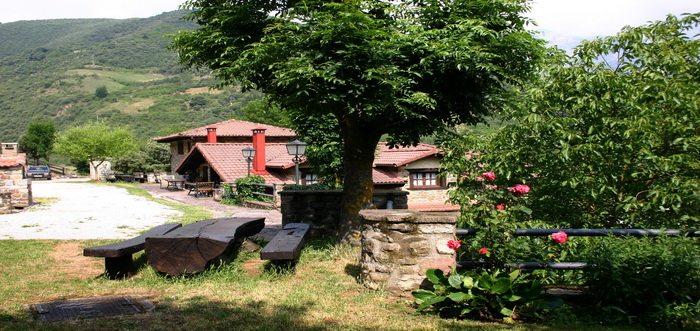 Viviendas Rurales La Fragua, Viviendas rurales en Tama Cantabria