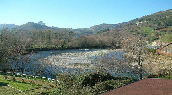 hotel El Tilo, Hoteles en Panes Asturias, Hotel para pescadores del Cares