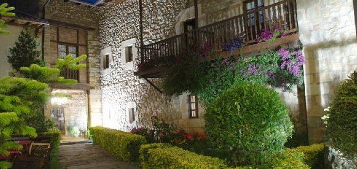 Casona EL Palacio de Lloreda, Hoteles con encanto en los Valles Pasiegos
