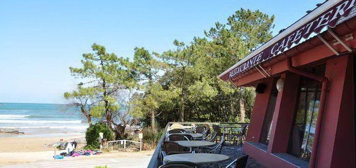 Hotel Campomar, Hotel con piscina al borde del mar en Isla Cantabria