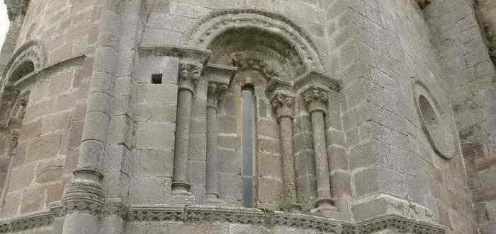 Iglesia Romanica de Nuestra Senora de la Asuncion de Santa Maria de Cayon Cantabria Cantabriarural