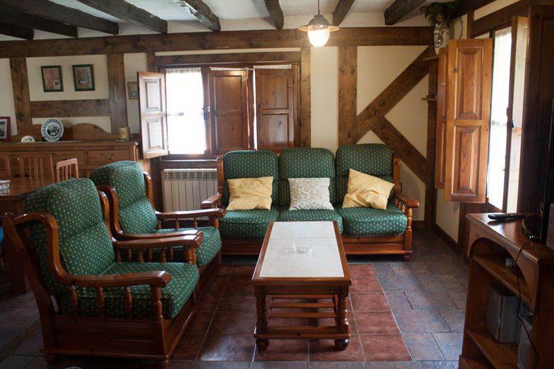La casa de la colina casa rural en villacarriedo valles pasiegos cantabria - Casa rural la reserva ...
