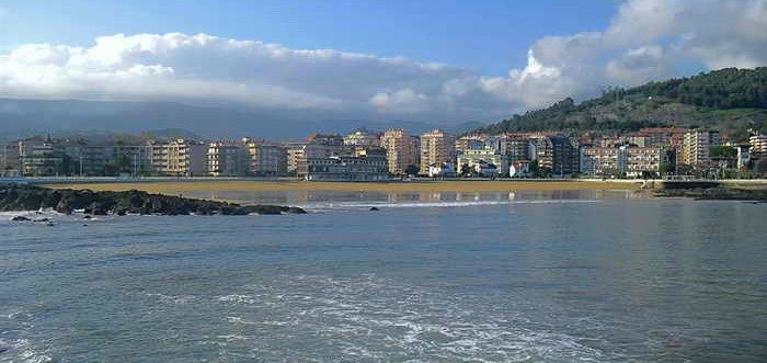 Playa de Brazomar Castro Urdiales, Playas de Castro Urdiales (Cantabria)