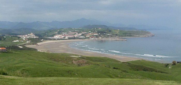Playa de Meron en San Vicente de la Barquera, Playas de San Vicente de la Barquera Cantabria