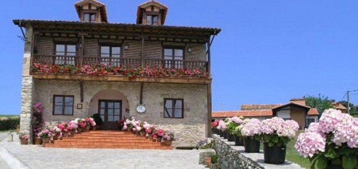 Posada Costa Trasmiera, Posada rural en la playa de Langre Cantabria