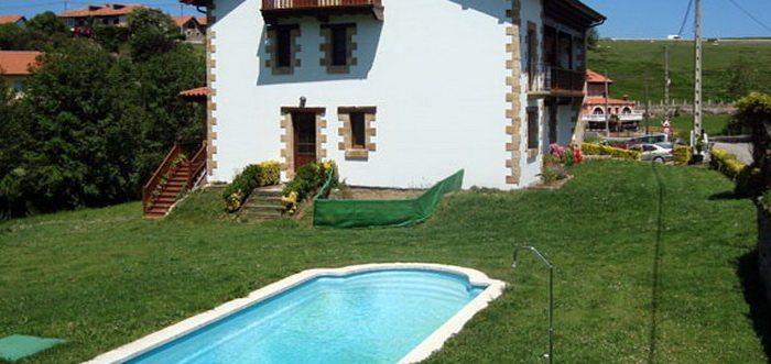 Posada la Estela Cántabra, Posada rural con piscina en Toñanes Cantabria
