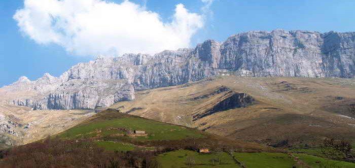 Ruta Collados del Asón - Mortillano, Rutas por Asón (Cantabria)