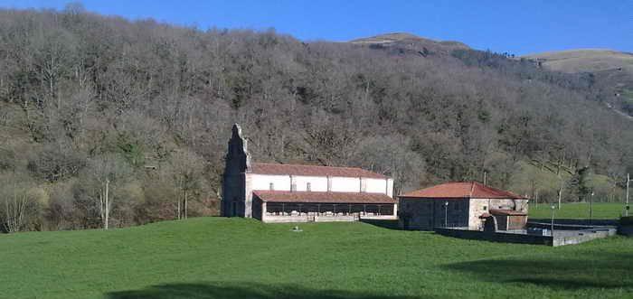Santuario Nuestra Señora de Valvanuz Selaya (Cantabria)