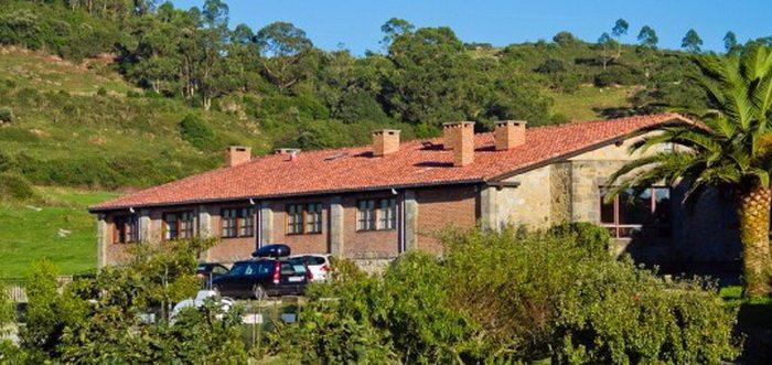 Vivienda Rural La Roblera, Viviendas rurales en Oreña Cantabria