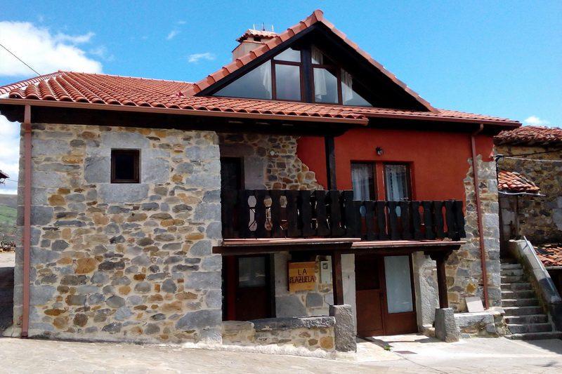 Apartamentos rurales La Plazuela, Apartamentos rurales en Quintana de Soba Cantabria