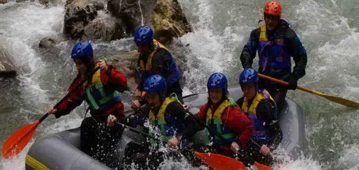 Devatur Aventura y Ocio, descenso rio deva, descenso canoas cantabria