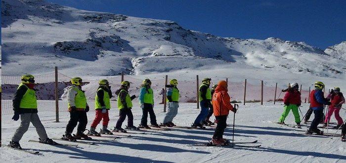 Escuela de esqui Slalom, Escuela de esqui en Cantabria