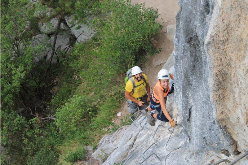 Turismo Activo cuevas alto Ason Cantabria