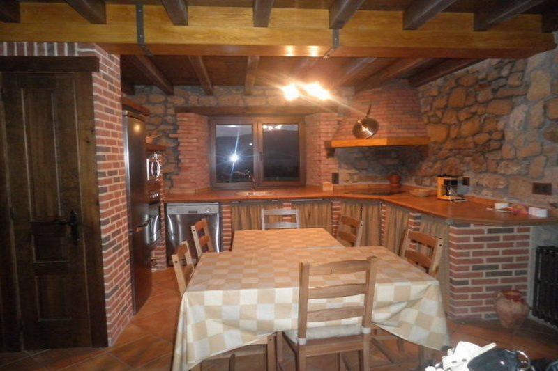 El Paraiso del Yayo Apartamentos en Rozas de Soba (Cantabria) Cocina