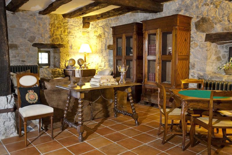 Hotel Casona de Quintana Hotel con encanto en valle de Asón Salón