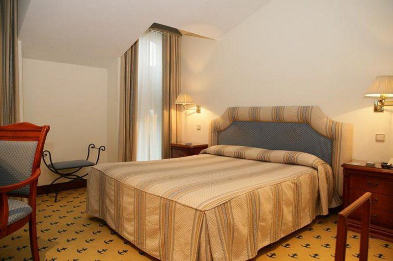 Hotel El Ancla Hotel Laredo Playa Habitación